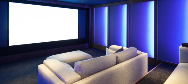 A Guide to Choosing Audio Visual Projectors